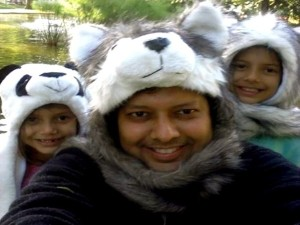 Ridwan Hassim with daughters Leyla and Yasmeena at Melbourne Zoo