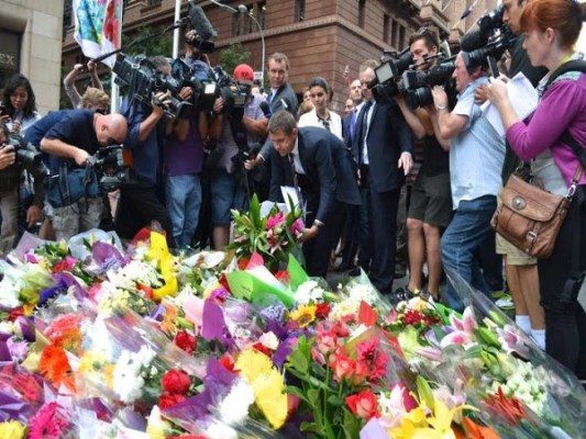 Remembering the victims of the Lindt Cafe siege