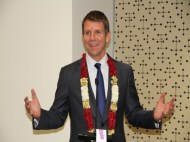 Premier updates Indian community about his first official visit to India