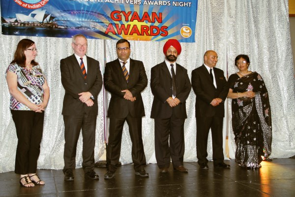 GOPIO Sydney felicitated high achievers of Indian origin at 'GYAAN 2015'