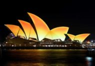 Opera House turns gold to celebrate Diwali